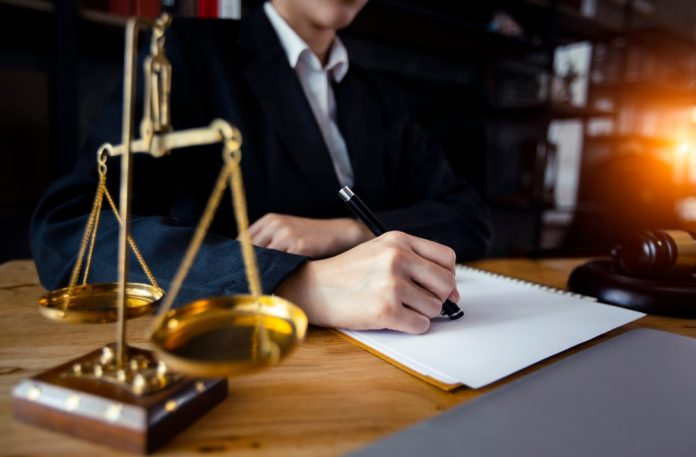 Resolution Lawyer In Singapore